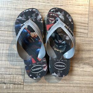 Havaianas flip flops, size 13